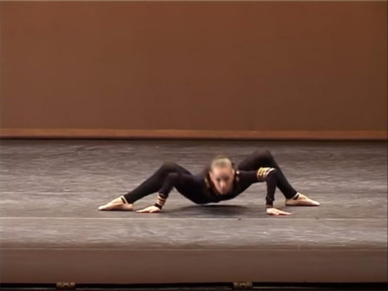 """Diese Ukrainische Ballerina Tanzte Den """"Spinnen-Tanz"""" Und Wird Dafür Auf Der Ganzen Welt Gefeiert!"""