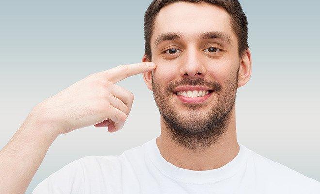 AUGENRätselhaftes Augenzucken: Wieso spielt das Augenlid verrückt?
