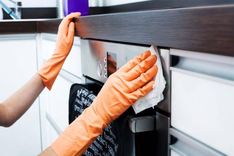 Von Herd bis Toaster: Küchengeräte richtig reinigen