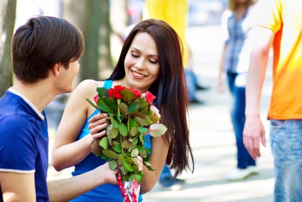 Hat Mann Blumen dabei, klappt es eher mit der Frau