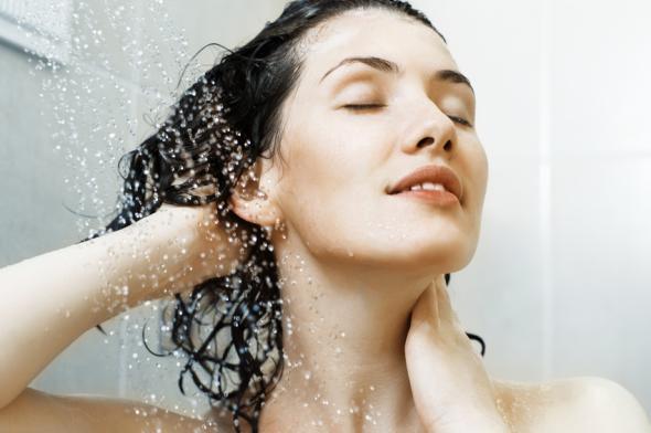 Salbei und Malvenblüten für das graue Haar