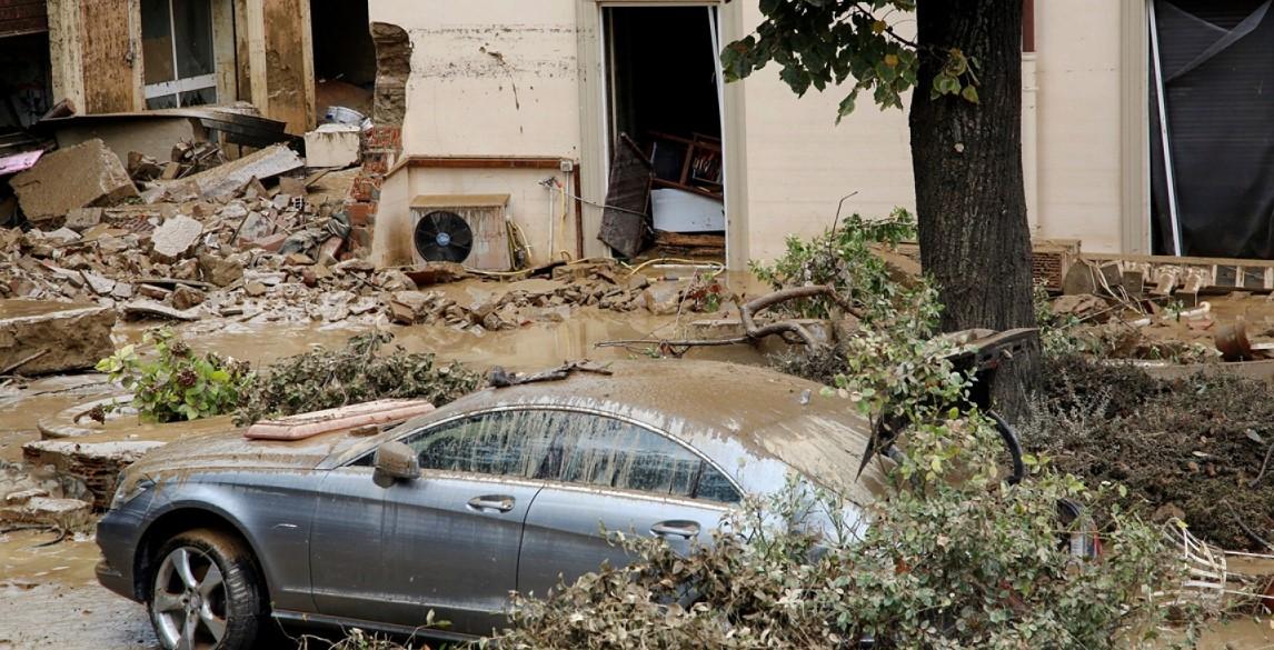 Italien: Mindestens 6 Tote durch Unwetter in Livorno