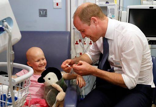 Prinz William machte einem Mädchen mit Krebs einen Antrag – über ihre Antwort mussten alle lachen.