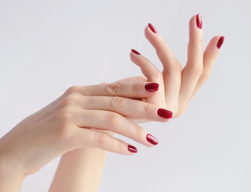 Sind Ihre Nägel und Ihr Haar geschwächt? Dieses Rezept schafft Abhilfe!