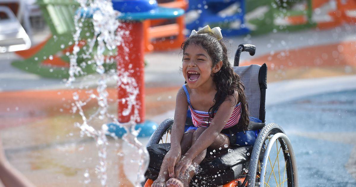 Das hier ist nicht einfach irgendein Wasserpark – es ist der erste Wasserpark der Welt für Kinder mit einer Behinderung!
