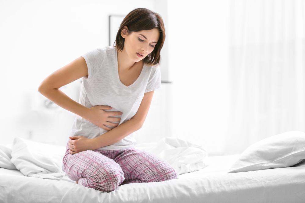 Kolik ist nicht nur eine Menstruationsstörung. Lerne, wie du die verschiedenen Schmerzen, die du verspürst, identifizierst und wie du sie behandelst.