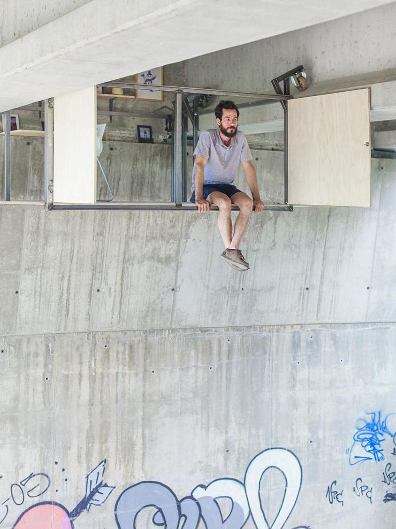 Dieser Designer baute ein geheimes Studio unter einer belebten Brücke … Wie verrückt!