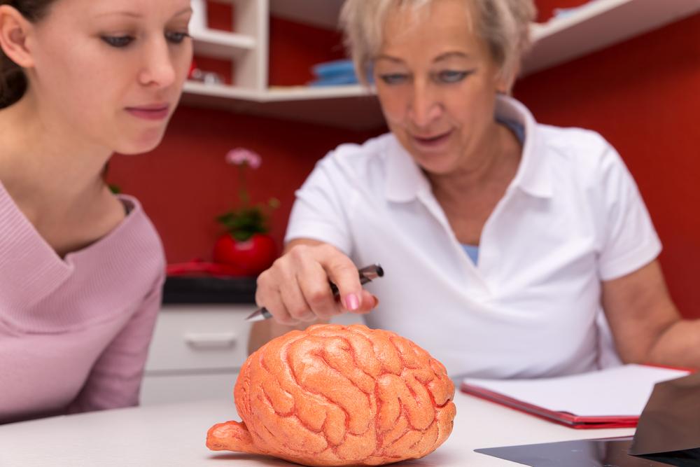 Im Alter von 41 Jahren, wurde diese Frau blind und bekam die Diagnose Multiple Sklerose. Heute, mit 60 Jahren, ist sie eine Schriftstellerin