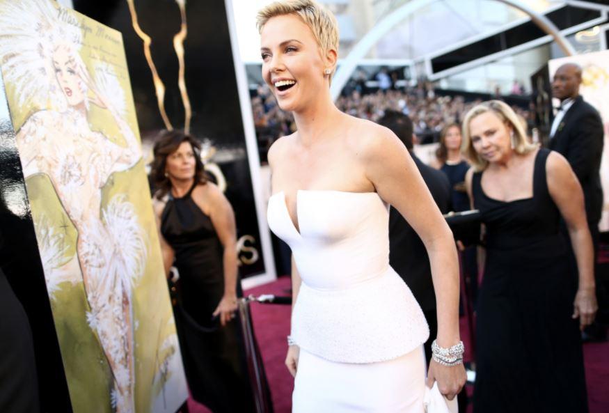 Die Top 10 der teuersten Kleider in Hollywood