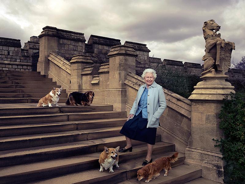 Königin Elizabeth II zeigt wieder einmal, weshalb sie Königin ist!