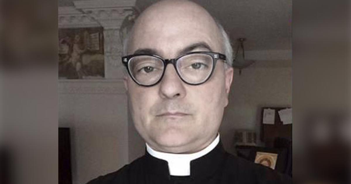PÄDOPHILEM PRIESTER MIT HIV, DER 30 KINDER VERGEWALTIGTE WURDE VON DER KIRCHE VERGEBEN!