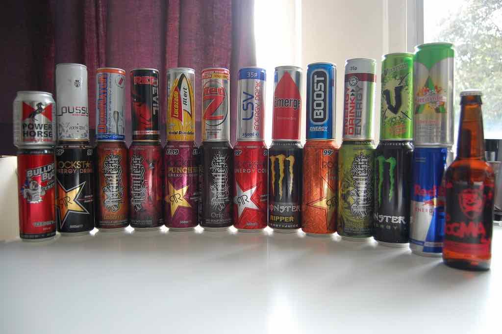 Wusstest du, was mit deinem Körper passiert, wenn du Energy Drinks zu dir nimmst?