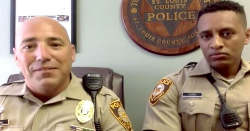 Hervorragende Arbeit: Zwei Polizisten verhelfen jungem Mann zum neuen Job.