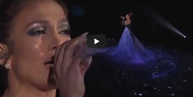 Jennifer Lopez bezaubert jeden mit magischem Kleid