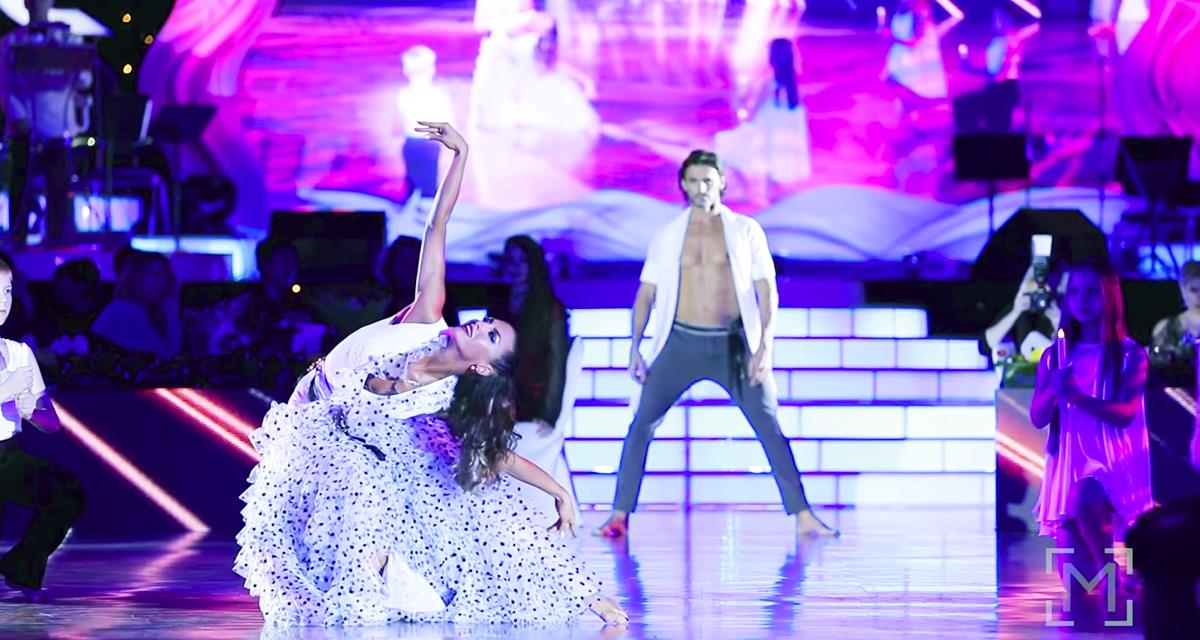Dieser fantastische Tanz hat alle begeistert. Man kann an seine Augen kaum glauben!