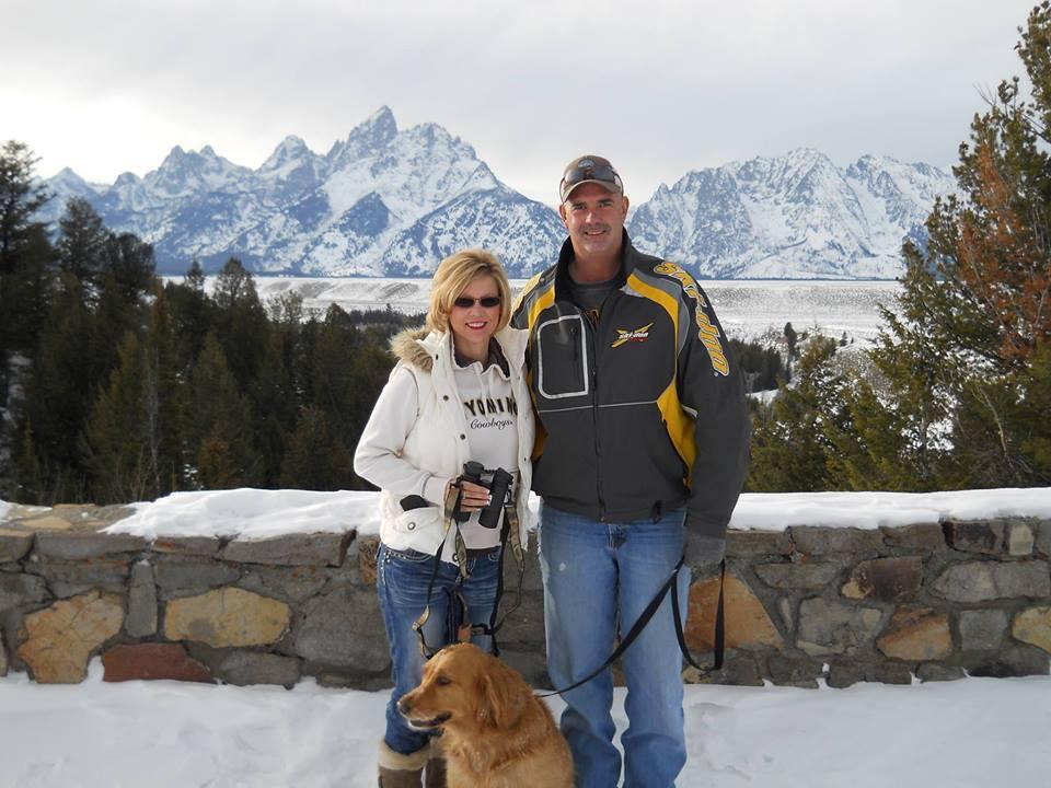 Ihr Mann starb an Krebs. Als es 8 Monate später an der Tür klingelt ist sie schockiert!