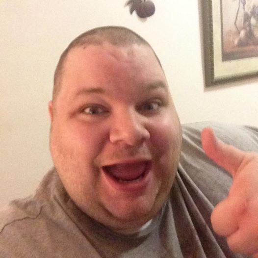Riesen Verwandlung: Mann nimmt ganze 208 kg ab.