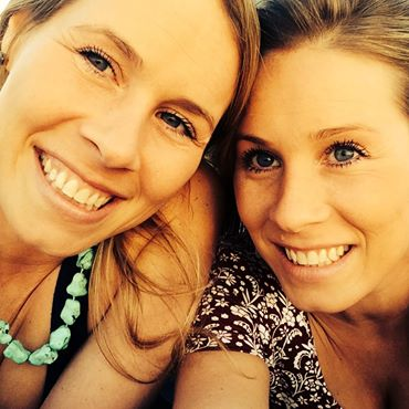 Eineiige Zwillinge werden schwanger – und helfen sich gegenseitig bei der Geburt