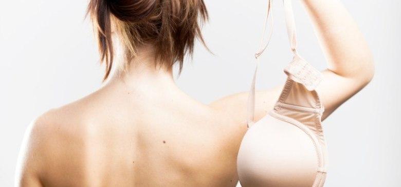 Diese 9 Dinge passieren mit deiner Brust, wenn du keinen BH trägst