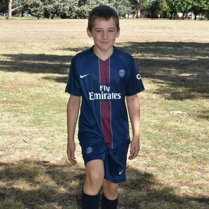 Der 10-Jährige kämpft nach einem schrecklichen Unfall ums Leben: Auf seinem Sterbebett trifft seine Mutter eine Entscheidung mit großen Konsequenzen