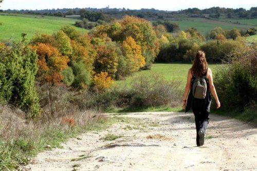 Spazieren beeinflusst das Gehirn bei Depressionen positiv