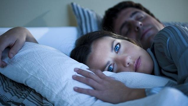 Aufwachen in der Nacht sind Signale, die nicht ignoriert werden können! Lesen Sie, warum das passiert!