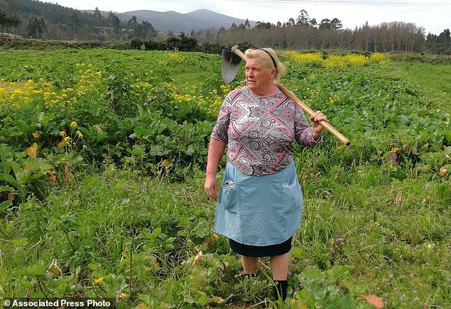 In Spanien, wurde eine Großmutter gefunden, die dem Trump zu ähnlich ist!