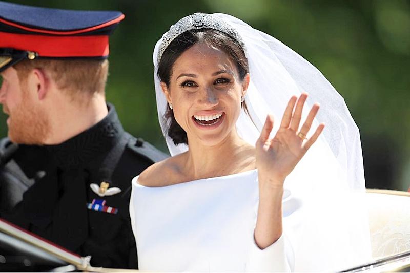 Der Kampf der königlichen Bräute: Das ganze Internet streitet, wer schöner ist - Kate oder Megan. Und wie denkst du?