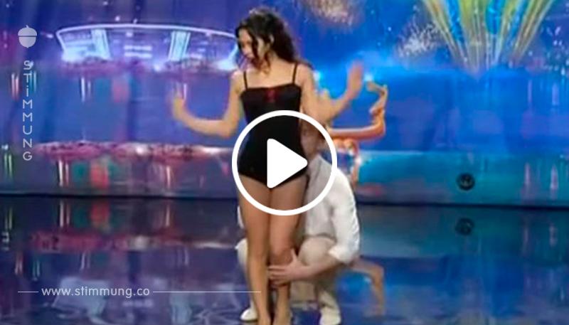 Die Tänzerin greift ihrem Partner an die Hose. Was die beiden in dieser Pose machen, wickelt das Publikum um den Finger.