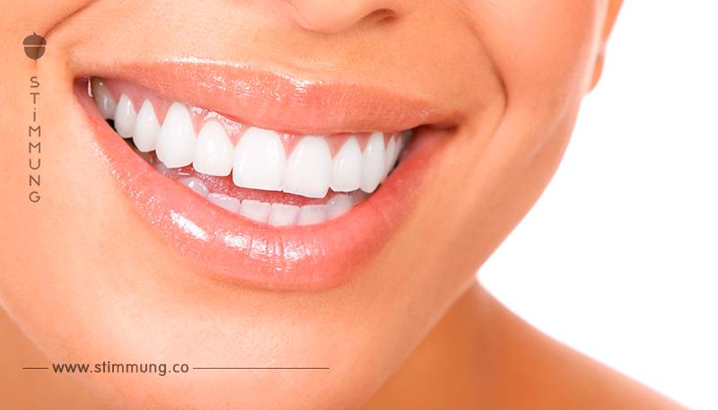 9 Methoden, mit denen man auf natürliche Weise seine Zähne bleichen kann.