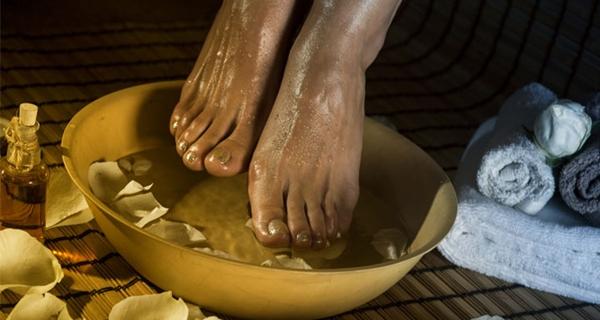 Weichen Sie Ihre Füße einmal pro Woche in Essig ein und Sie werden sehen, wie all Ihre Krankheiten verschwinden werden!