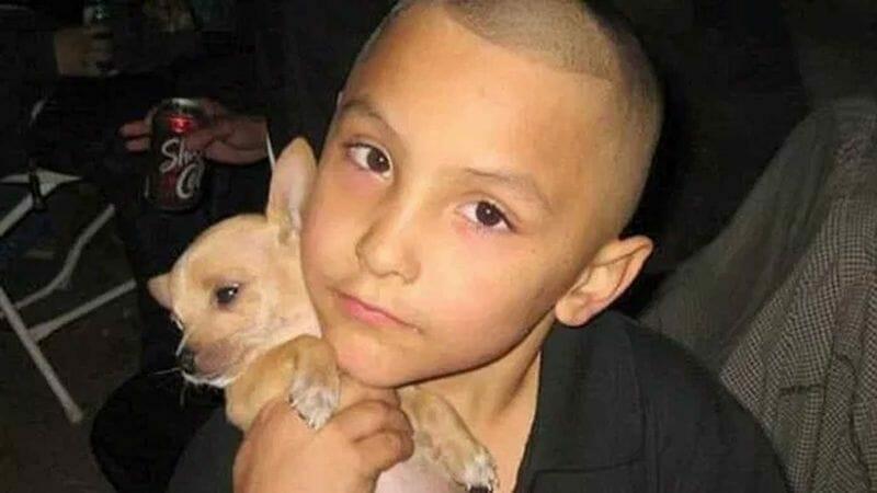 Junge (8) von Mutter und Freund gefoltert und ermordet – der Grund versetzt uns in Rage