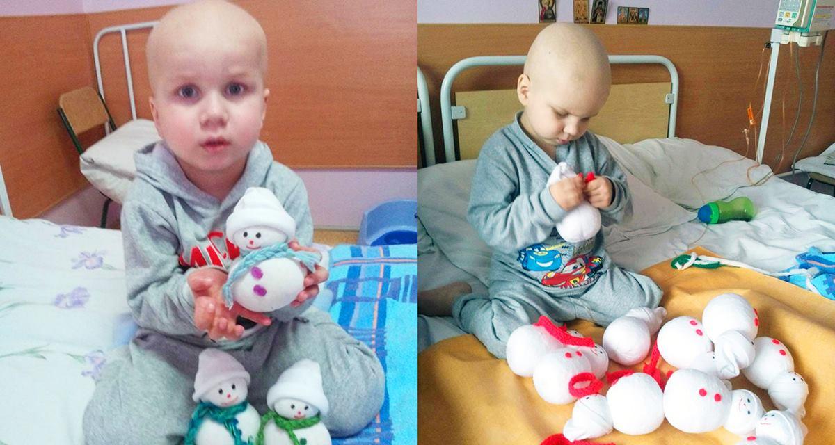 Dieses Kind, das schwer krank war, hat selbst Spielsachen gemacht, um Geld für die Behandlung zu sammeln