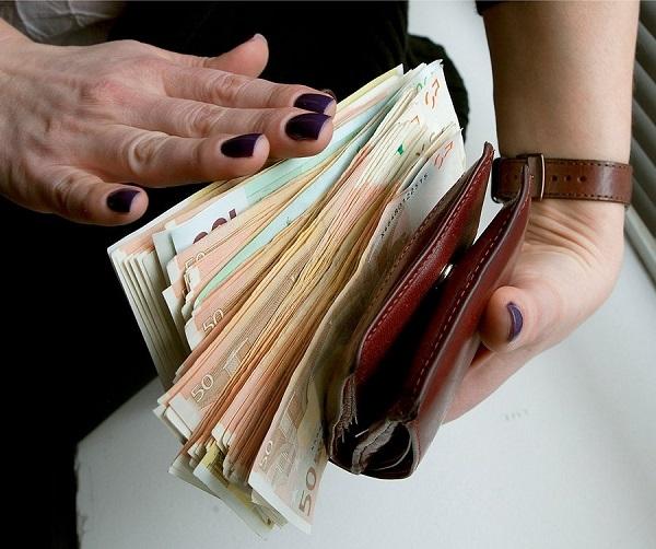 Diese Tricks helfen, Geld in den Geldbeutel zu ziehen! Jeder muss das wissen ...
