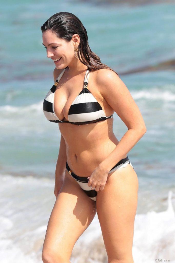 Wissenschaftler glauben, dass dieses Mädchen einen idealen Körper hat. Stimmen Sie zu?
