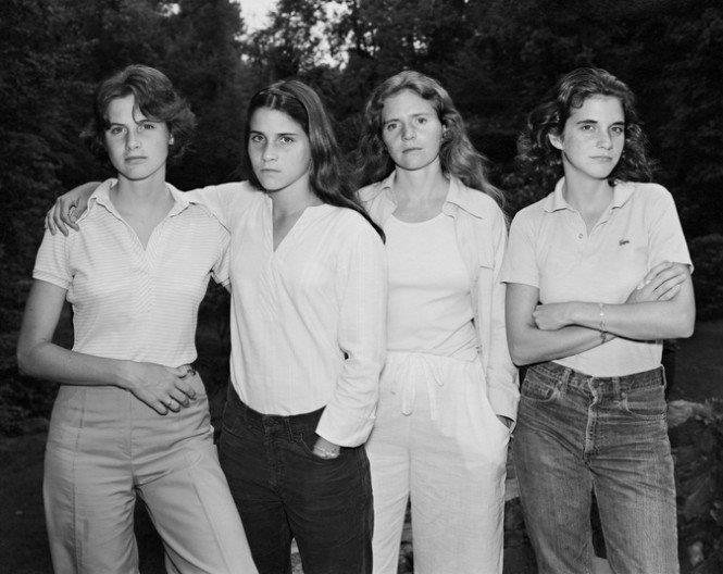 Diese 4 Schwestern ließen sich 40 Jahre lang jedes Jahr zusammen fotografieren! Was für eine atemberaubende Verwandlung!