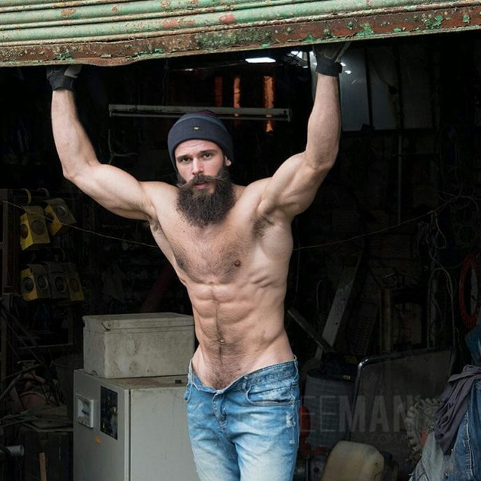 Eine Auswahl von Fotos von Männern, deren Sexualität und Männlichkeit einfach erstaunlich und atemberaubent ist.