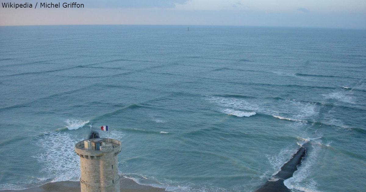 Wenn Sie solche quadratischen Wellen sehen, halten Sie sich von ihnen fern!