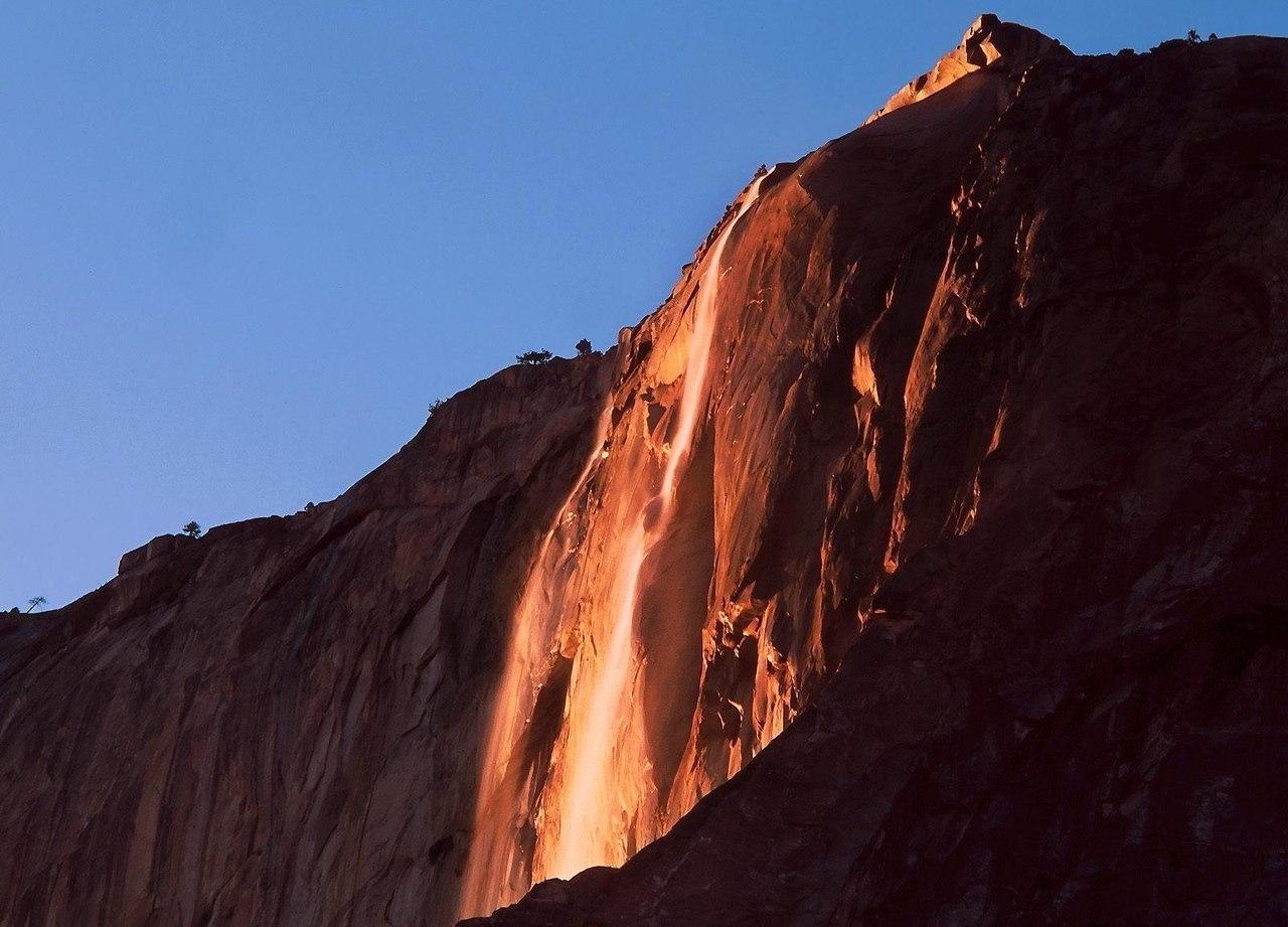 Pferdeschwanz - ein Wasserfall, der wie ein Lavastrom aussieht