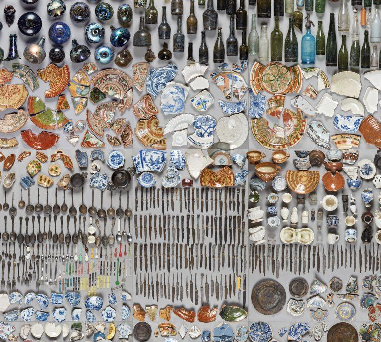 Alle diese Gegenstände wurden am Grund des Flusses gefunden.