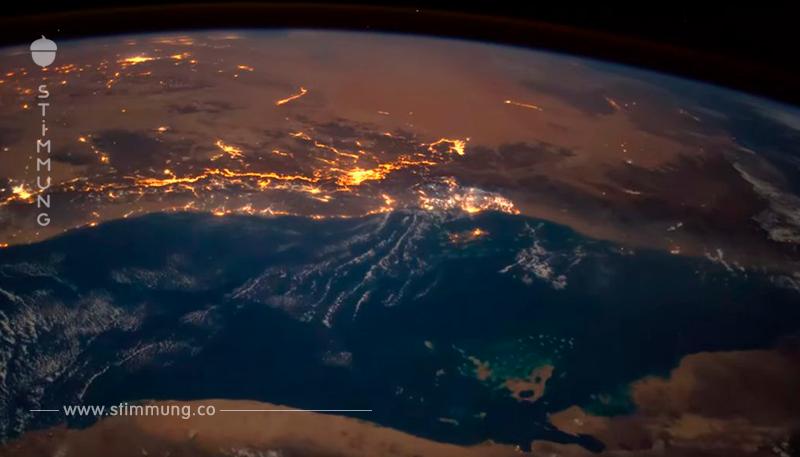 Die Kamera auf der ISS konnte einen auf die Erde fallenden Meteor aufnehmen