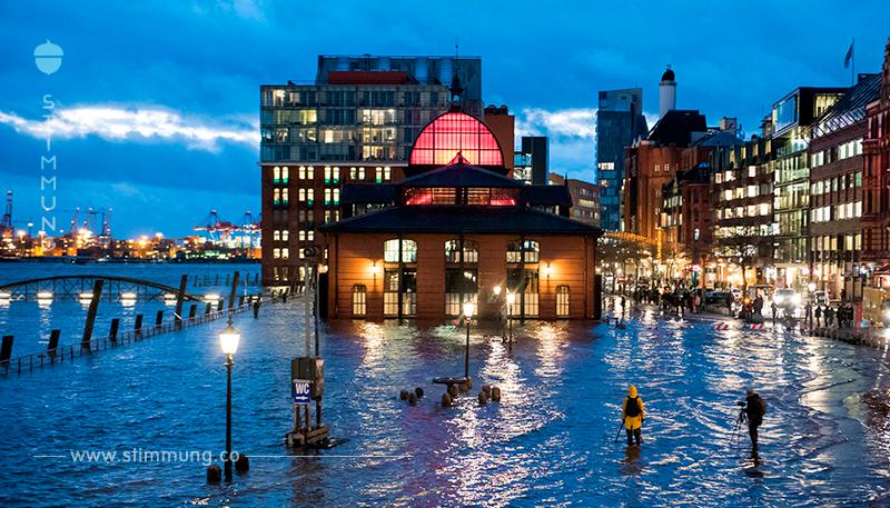 Tief  Benjamin zieht weiter: nach Hochwasser am Fischmarkt Sturmflutwarnung für Ostseeküste
