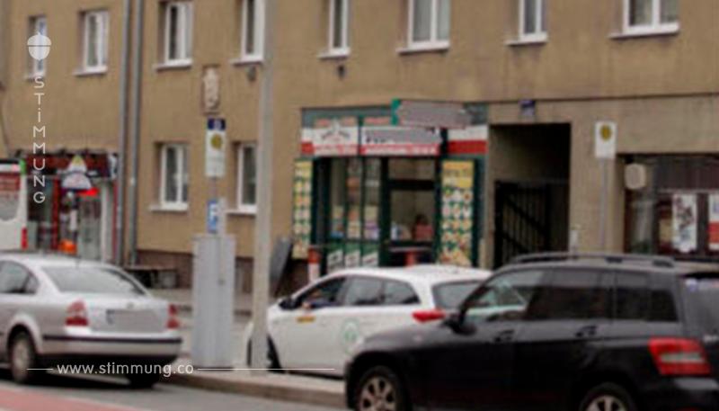 Lautes Schnitzelklopfen: Frau rief erneut Polizei an