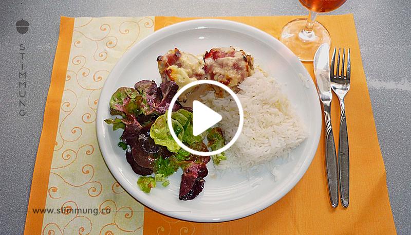 Gefüllte Champignons mit Schafskäse   Hackfleisch an Käsesauce