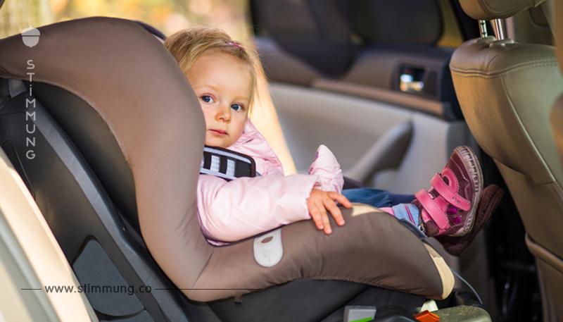 9 Stunden allein in heißem Auto: 16 Monate altes Kleinkind stirbt auf dem Rücksitz