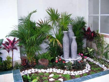 Kein Strand in der Nähe? Holen Sie sich den Strand in Ihren Garten mit diesen tropischen Beispielen!