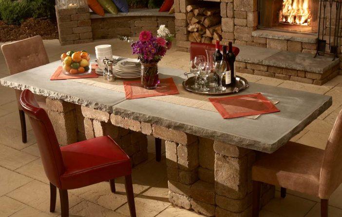 Essen Sie diesen Sommer gemütlich im Freien mit diesen tollen Outdoor Tischeinrichtungen! Das ist wirklich großartig!