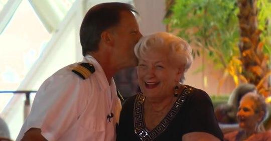 Fast 90-Jährige verbringt ihren Ruhestand auf einem Kreuzfahrtschiff