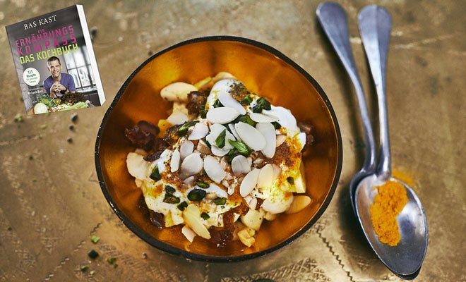 Rezept von Bas Kast: Orientalischer Joghurt mit Mango und Datteln