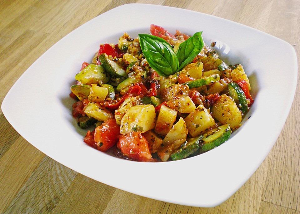 Kartoffel-Paprika-Zucchini-Topf von pechmarie82 | Chefkoch